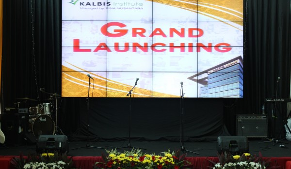 "Event : ""Grand Launching KALBIS Institute"" 02 October 2014 @Kampus KALBIS Institute Jakarta Timur"