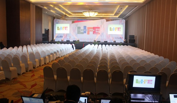 "Event : STWW ""Life Transforming Summit"" 6,7,8 January 2018 @Discovery Hotel & Convention Ancol  Jakarta"